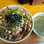 三丁目そば - 豚丼:300円
