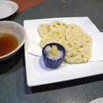 神童ろ - 蓮根の天ぷら