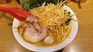武松家 - 醤油豚骨ねぎラーメン900円
