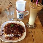 ハティフナット - オレンジのショート&アイスカフェオレ