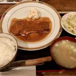 食堂すゞき - 料理写真:和豚もちぶた上ロースポークソテー定食1836円