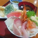 牧原鮮魚店 - 海鮮丼と天ぷら