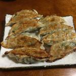 紀八 - ママ手作りの餃子。やっぱ美味しい♡