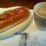 フェイバリットタイムコーヒー - 『プレーンドック』¥380-『ブレンド M』¥400-