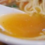 タンメン・カントナ - スープ