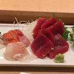 下高井戸旭鮨総本店 - お造り盛り合わせ