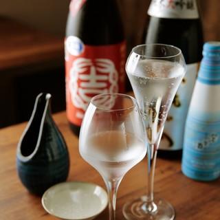 【日本酒常時30種以上】半合からご提供。だから沢山楽しめる♪