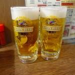 61957509 - 生ビール 390円(※価格は全て税抜)