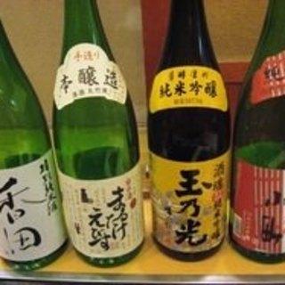 日本全国から仕入れたこだわりの日本酒◎