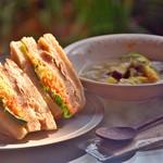 カマクラ 24セッキ - 厳選素材で長期熟成したパンで作るシノワ(ベジミート)サンドと自然栽培野菜・ミレット・お豆のスープセット