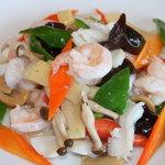 刀削麺・火鍋 XI'AN - 海老と季節野菜の塩炒め