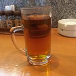 庄や - 熱いお茶。       うまし。