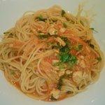 6197885 - 魚介のラグーと春菊のトマトソース・スパゲティ