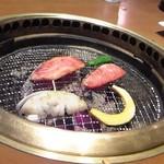 米沢亭 - [料理] 炭火焼肉 ②