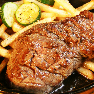 【ランチ】ステーキでスタミナチャージ!TAKEOUTできます