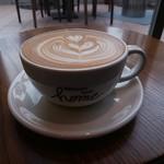 ネイバーフッド アンド コーヒー - カフェラテ
