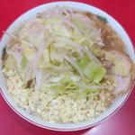 ラーメン二郎  - 小+野菜ニンニク