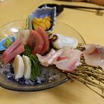 わだつみ - 刺身の盛り合わせ(2人前、4000円)