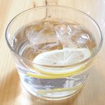 ブラッスリー ロノマトペ - レモン水