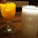 ベトナムキッチン アンジー - オレンジジュースとココナッツミルク練乳サワー