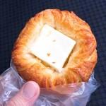 ロリアン - クリームチーズデニッシュ(150円)