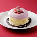 さかい珈琲 - 季節限定パンケーキ 苺のパンケーキ