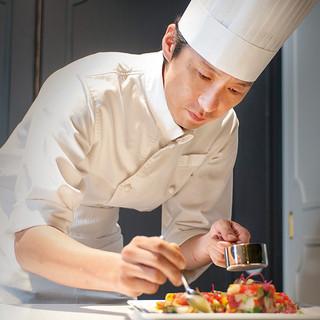 [創作料理が自慢]シェフ福山篤史