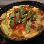 横浜天下鳥 - 豆腐と鶏のチゲ鍋 ¥546