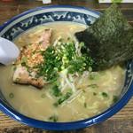 葫 - 塩ラーメン(麺大盛1.5倍)918円(大盛+162円)