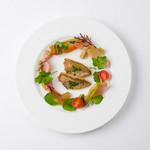 FRANCEYA - 料理写真:地魚のポワレと宗像野菜のマリネ〜春菊のソース