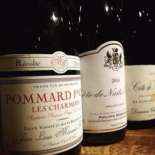 ワインは主にフランス各地とアメリカが中心
