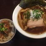 らーめんダイニング 庵 - おてがるセット(醤油+角煮丼)