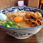 麺や 樽座 - 限定「徳島ラーメン」(横)