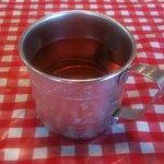 路地裏のタイ料理とお酒 バナナ食堂 - お代わり自由のジャスミン茶です
