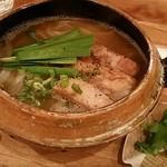 ハチドリtable - 豚角煮のフォー