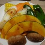 国産牛焼肉くいどん - 野菜盛り合わせ
