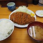 山家 - ロースかつ定食大950円