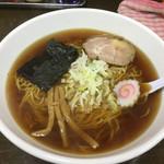 向嶋 だるま - 醤油ラーメン550円