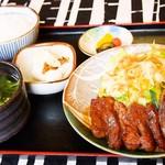 賀茂川 - 焼肉定食(かなり人気)1200円