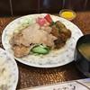 K - 料理写真:日替わりのランチで、豚しょうが焼とピーマン肉詰めフライ 700円 安い!