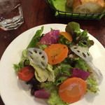BISTRO BACCHUS - 前菜とパン