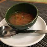 ヨンサン - ついてくるスープは白菜のミネストローネだった。単品でも食べたい。