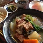 がんじゅうおばぁの台所 ゆらてぃく - 地元の名物~石垣牛汁定食~