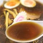 大黒庵本店 - 蕎麦屋のラーメンとは言え、蕎麦つゆではありません(笑)