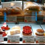 セガフレード ザネッティ - [料理] ケーキ ショーケース ①