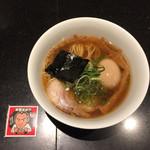 62070244 - ★★★★★ ミニ醤油らぁ麺(シール付き),650円.名古屋コーチン味付たまご,クーポン使用.