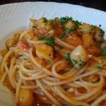 アルバーカロ - ◆本日のパスタ・・この日は「帆立のトマトソース」。