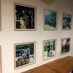 トウキョウ アオヤマ グローカル カフェ - ライブラリースペースでは写真展などの開催も!
