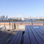 徳島中華そば 徳福 - レインボーブリッジを眺めながら食事ができます(*^^)v