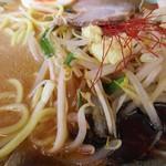 ラーメン山岡家 - 黒マー油とおろし生姜